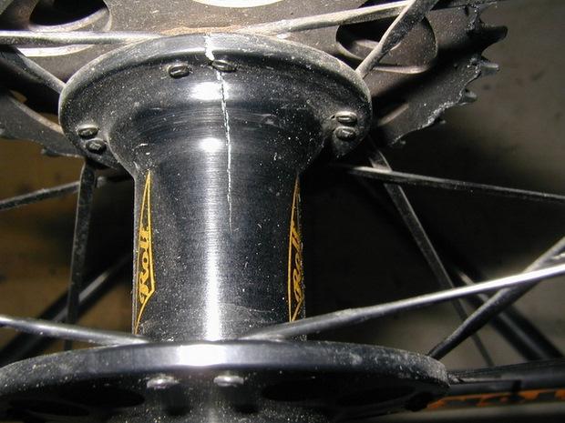 cracked hub Rolf wheel